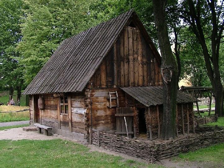 Chałupa z Lasek, gmina Śliwice – Bory Tucholskie