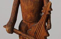"""""""Muzykant"""", drewno pokostowane, wys.16,8 cm, MET/67207"""